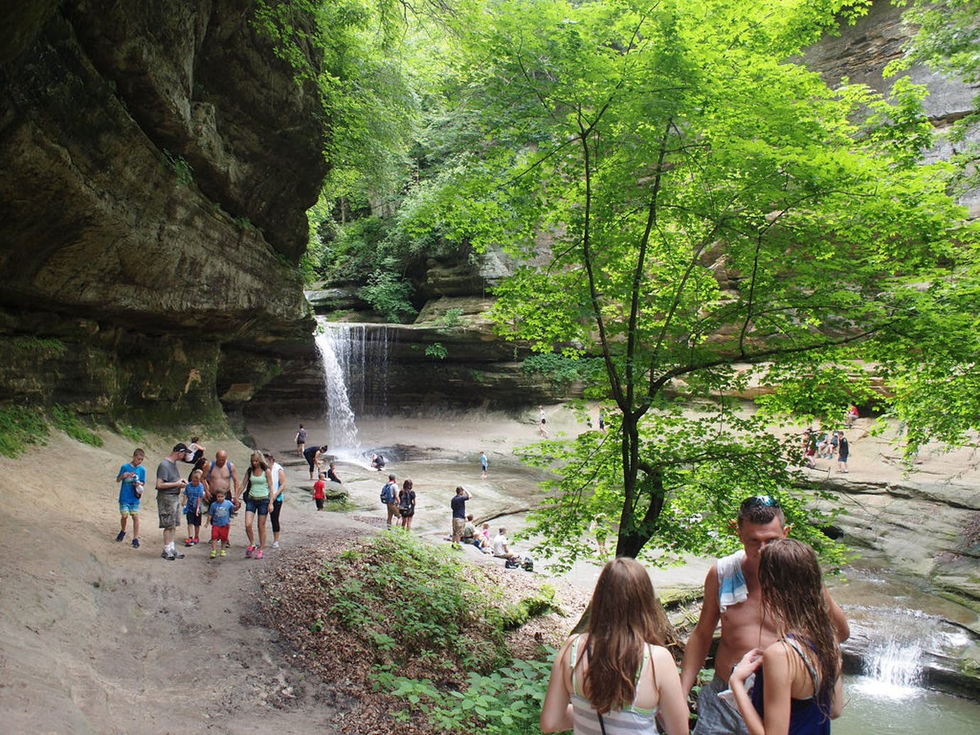 starved rock state park activities
