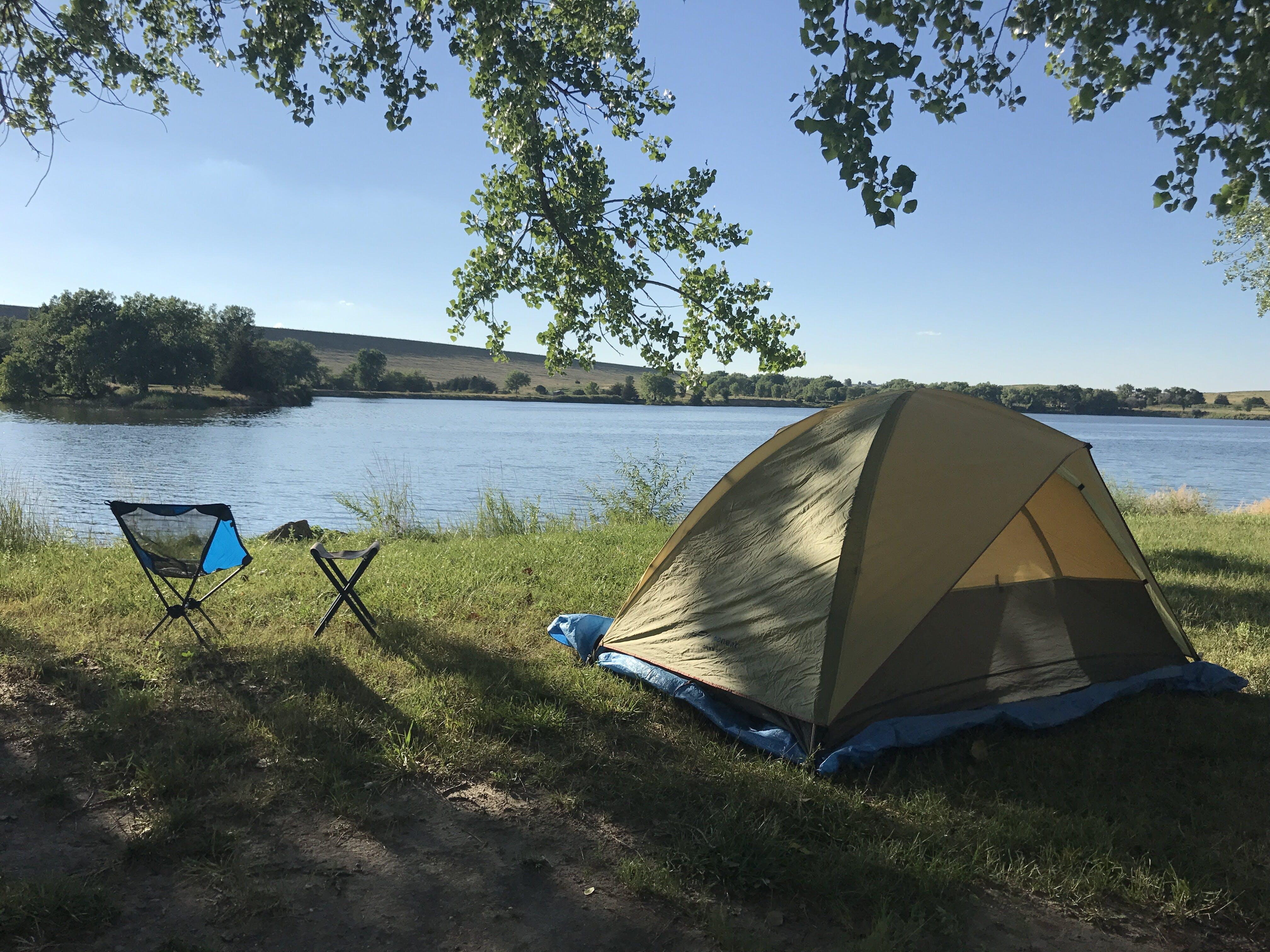 lake mcConaughy camping near shore