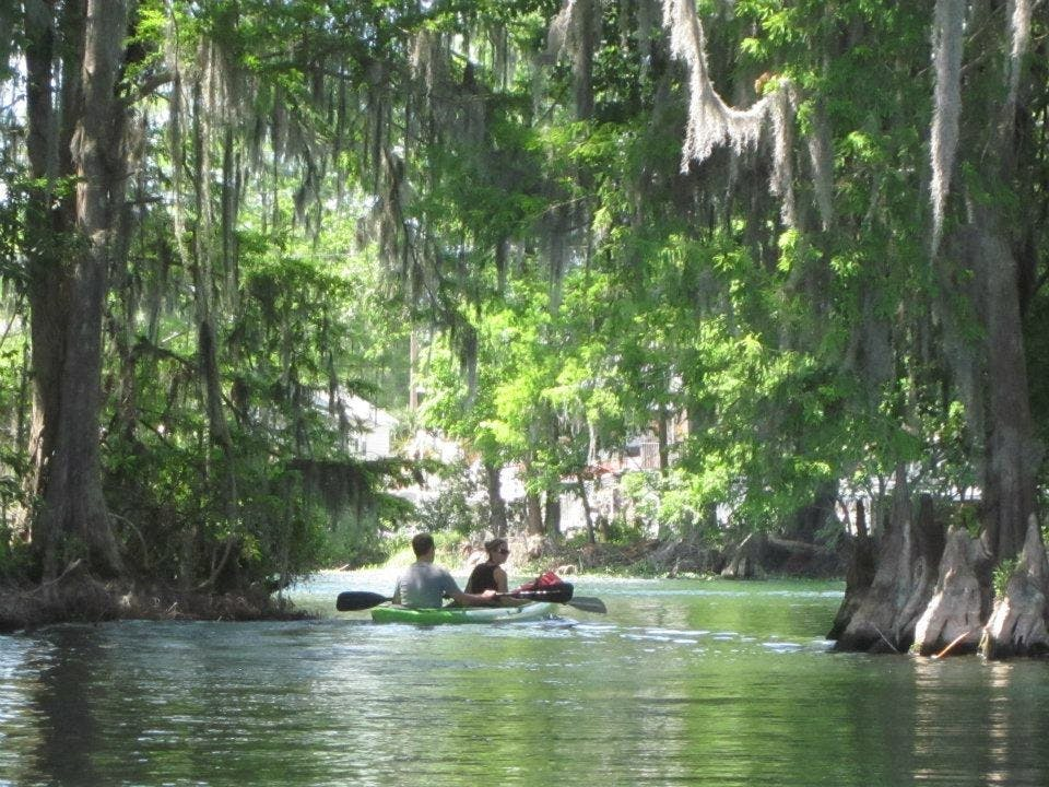 rainbow springs kayaking campgrounds in florida