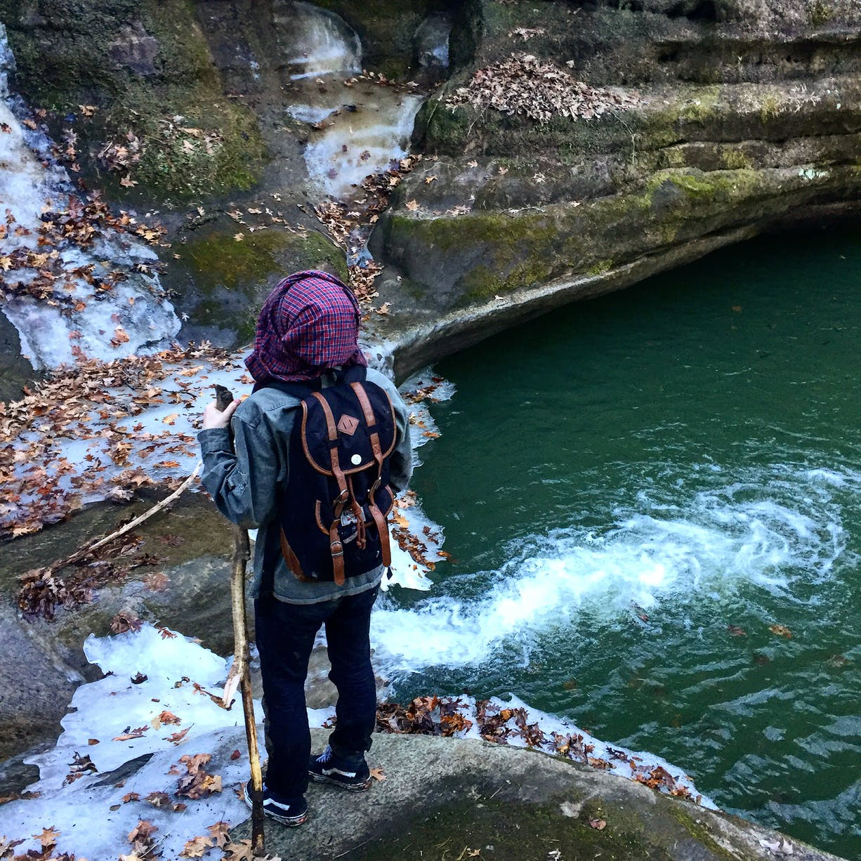 hiking starved rock state park
